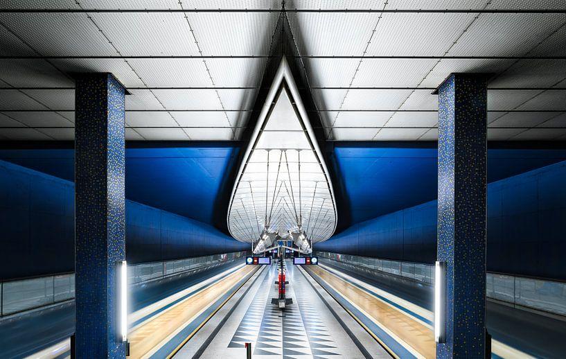 Blue Subway van Martijn Kort