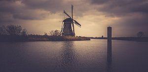 De molen langs de paal van
