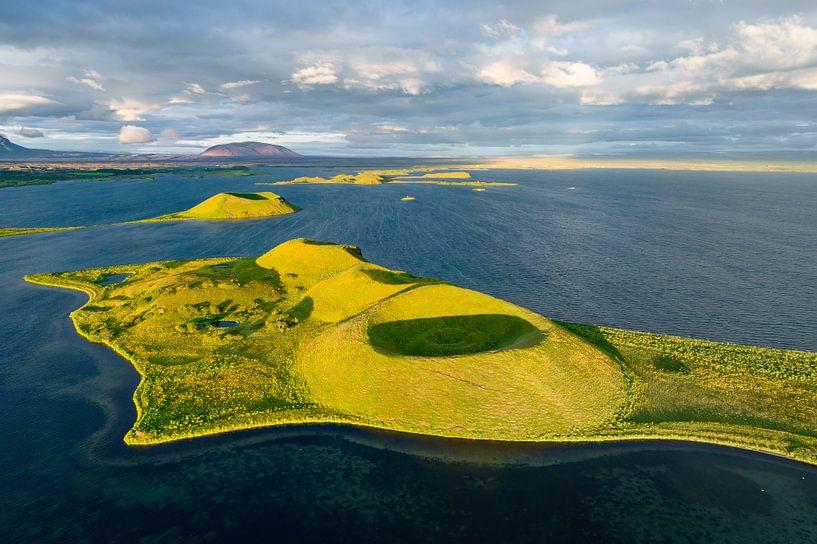 Myvatn Volcanic Lake, Iceland von FineArt Prints   Zwerger-Schoner  