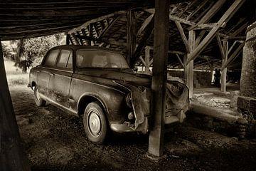 Old Peugeot 403 van Halma Fotografie