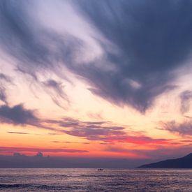 Zonsondergang in Griekenland van Miranda van Hulst