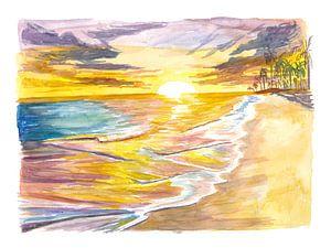 Romantische Insel Sonnenuntergang mit Wellen Palmen Strand