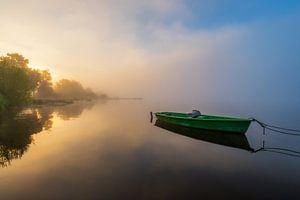 Boot auf dem Hopfensee bei Sonnenaufgang von Deimel Fotografie