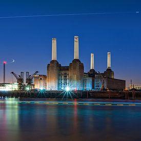 Better days - Battersea Power Station | Londen von Rob de Voogd / zzapback