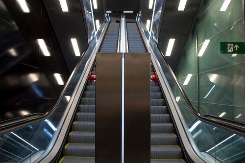 Metro CollBlanc Symmetrie L9 Sud, Barcelona van Maurice Moeliker