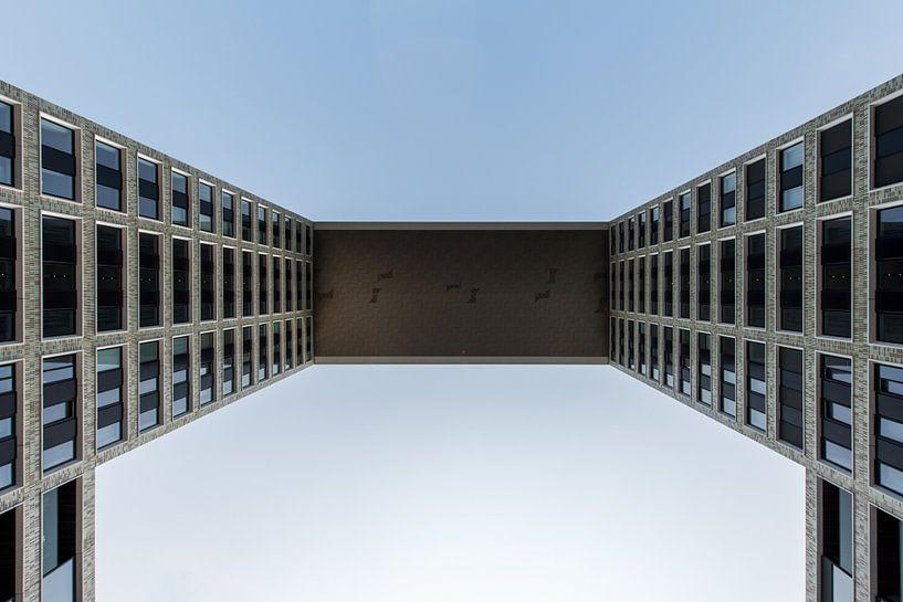 Pontsteigergebouw in Amsterdam van Wim Stolwerk