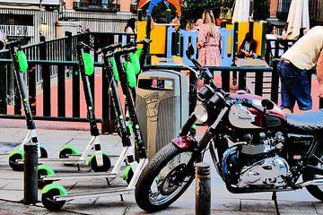 Madrid - (Lime) scooter van Wout van den Berg