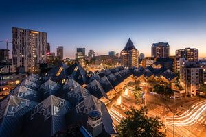 Kubuswoningen at Night - Rotterdam Skyline van