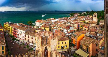 Le paysage urbain de Sirmione en Italie