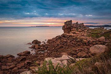 Atlantic ocean coast in Brittany van Rico Ködder