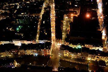 Uitzicht vanaf de Domtoren in Utrecht, richting de Zadelstraat. van Margreet van Beusichem