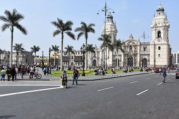 Plaza de Armas, Lima von Zarina Buckert