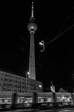 Kleurrijke drukte in Berlijn van Ines K.