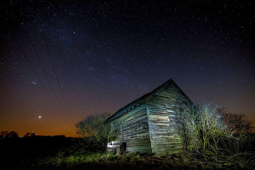 Schuur bij nacht van Joop Snijder