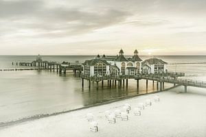 RÜGEN pier in Sellin bij zonsopgang   Vintage
