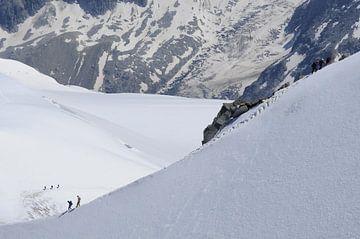 Bergbeklimmers Montblanc in de zomer van Yvette Stevens