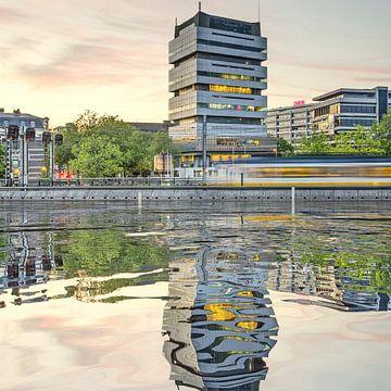 Waterspiegeling Schiekade van Frans Blok