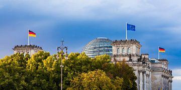 Le bâtiment du Reichstag à Berlin sur Werner Dieterich