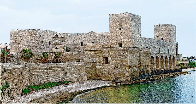Castello Normanno Svevo in Trani von Leopold Brix