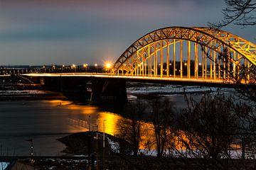 Waalbrug Nijmegen van Kevin Nugter