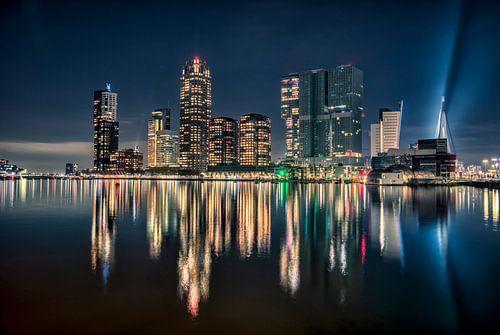 Wilhelmina pier van af de Rijnhaven Rotterdam