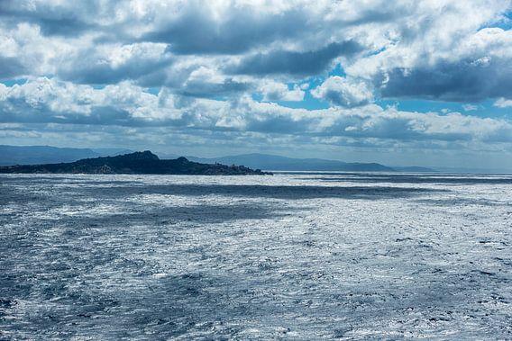 Mooie wolken dek nabij Napels
