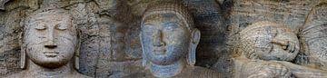 Triptychon Buddha-Statuen von Rietje Bulthuis