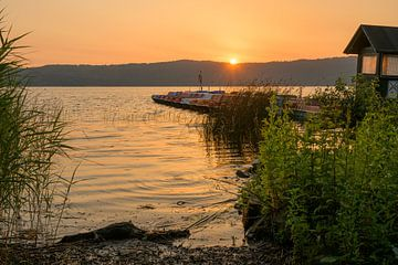 Zonsopgang bij de Laacher See