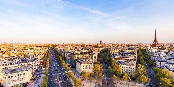 Cityscape of Paris with the Avenue des Champs-Élysées and the Eiffel Tower