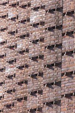 Backsteinmauer am Anzeigerhochhaus, Hannover, Niedersachsen, Deutschland, Europa von Torsten Krüger