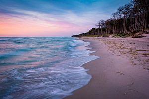 Avond op het strand op Darß van Martin Wasilewski