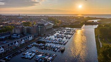 Marina Katwijk aan Zee bei Sonnenuntergang von Rene Ouwerkerk