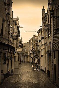 Alkmaar Nordholland Stadtzentrum Sepia Niederlande von Hendrik-Jan Kornelis