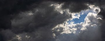 Duistere wolken maken plaats van Percy's fotografie