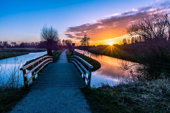Zonsondergang, Polderpark Cronesteyn, Leiden van Carla Matthee