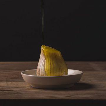 Stillleven - Garlic and Oil no. 2 van