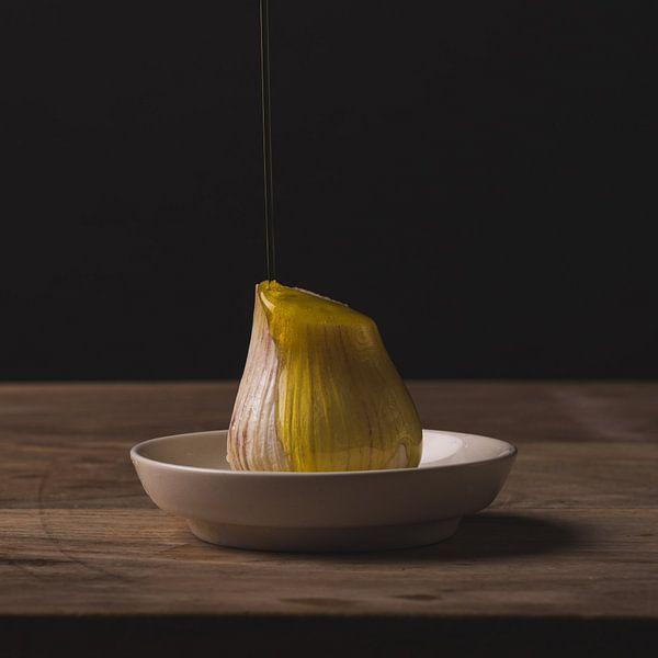 Stillleven - Garlic and Oil no. 2 van Alexander Tromp