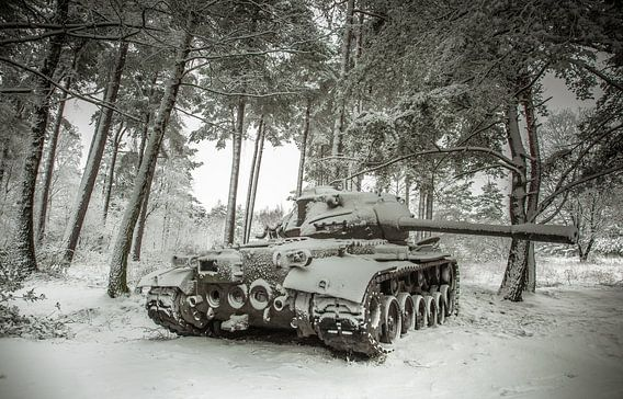 Tank in the snow #4