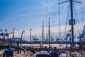 Blick auf dem Hafen von Norbert Sülzner
