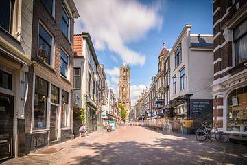 Op weg naar de Domtoren in Utrecht van Michel Geluk