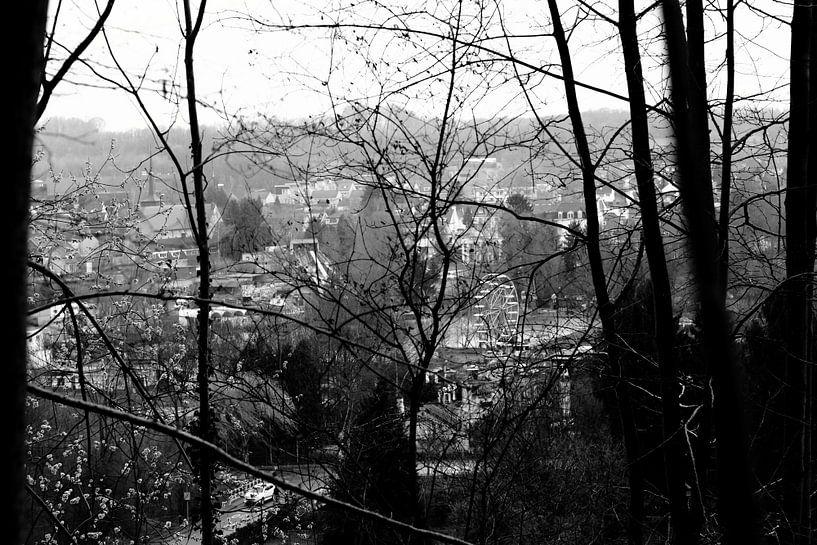 Uitzicht op een pretpark von Joyce Pals
