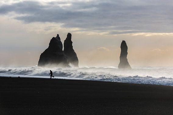 Strand Reynisdranger, bij Vik, IJsland