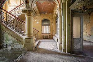 eindrucksvolle verlassene Treppe