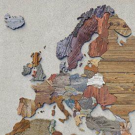 Kaart van Europa in sloophout van Frans Blok