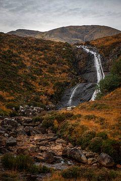 Allt Mhic Mhoirein Wasserfall, Insel Skye von Gerben van Buiten