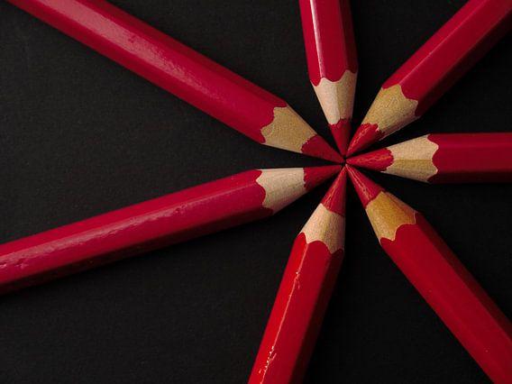Potloden rood zwart, pencil red black, bleistifte rot schwarz, Crayons rouge noir