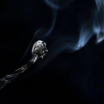 Erloschenes Streichholz von Tilo Grellmann | Photography