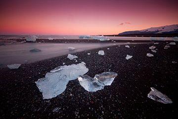 Eis auf Lava Strand von Sam Mannaerts Natuurfotografie