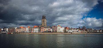 Panorama Deventer met wolken van Sander Korvemaker