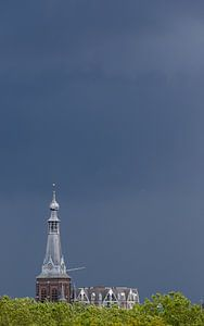 grijs op grijs heikese kerk tilburg van Frans Versteden